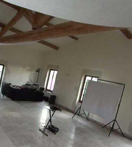 Ecran de vidéo projection et vidéo-projecteur